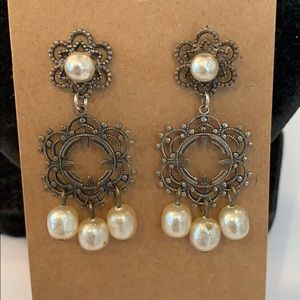 💐5/25 vintage faux pearl silver dangle statement
